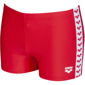 arena Team Fit Shorts Herren red